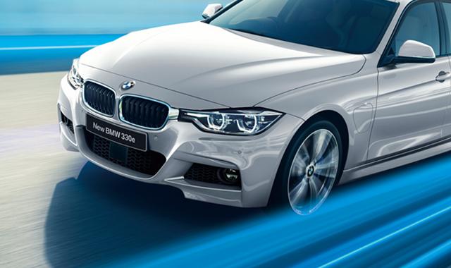 BMW 読売新聞15段カラー6月3週